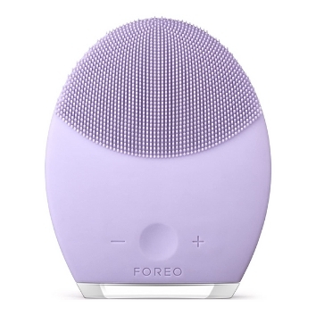 FOREO LUNA 2 FACIAL CLEANSING BRUSH AND PORTABLE SKIN CARE DEVICE